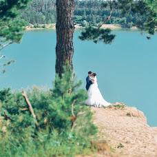 Wedding photographer Denis Khuseyn (legvinl). Photo of 09.02.2018