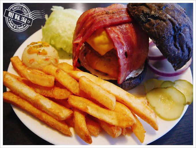 布雷克漢堡-招牌小山手工牛肉堡