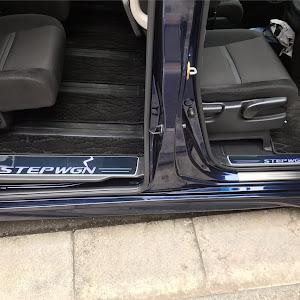 ステップワゴン RP3 スパーダのスカッフプレートのカスタム事例画像 まっくすさんの2019年01月12日17:59の投稿