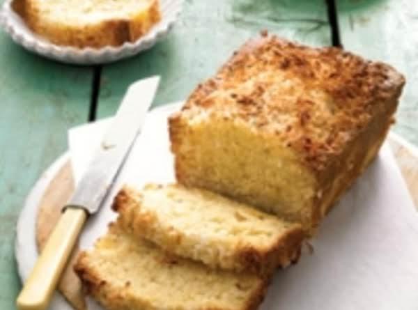 Pineapple-coconut Pound Cake