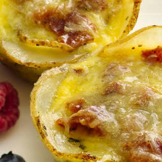 Mini Breakfast Quiches with Potato Crust.