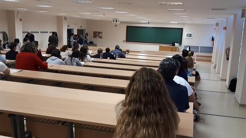 Examen en unas  oposiciones a la Junta de Andalucía.