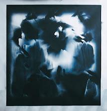 Photo: © Olivier Perrot Photogramme 1999 Portrait 1000x1000mm Papier baryte Virage bleu Ref : Portrait-09