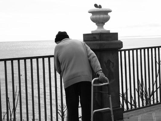 Uno sguardo al mare. di federicaa12