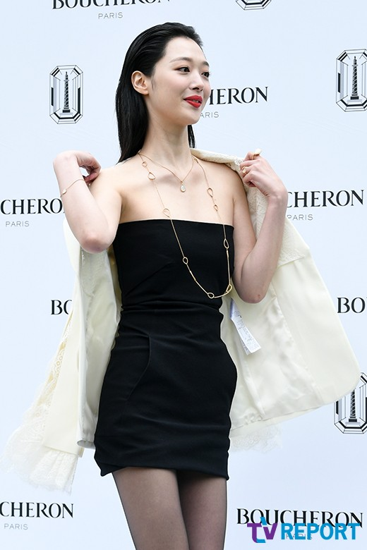 sulli black mini dress 2