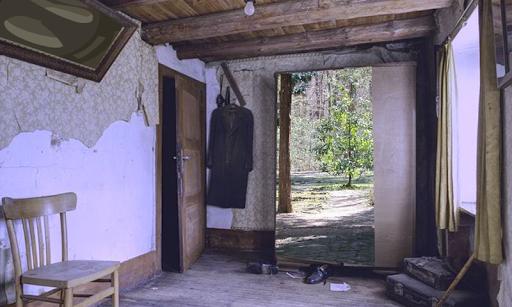 Abandoned Privy Villa Escape