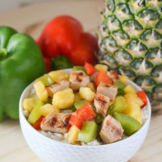 Grilled Pork Chops with Pineapple and Peppers