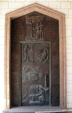 Photo: Iglesia de la Anunciación en Nazaret (puerta de broce con representaciones del viejo testamento)