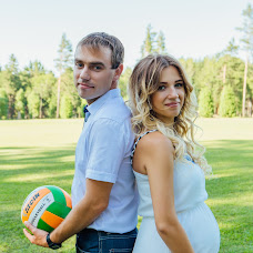 Wedding photographer Elena Yurkina (Smile19). Photo of 23.03.2017