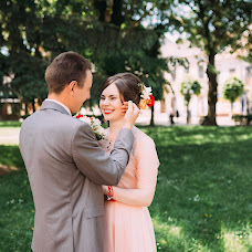 Wedding photographer Viktoriya Lizan (vikysya1008). Photo of 13.06.2016