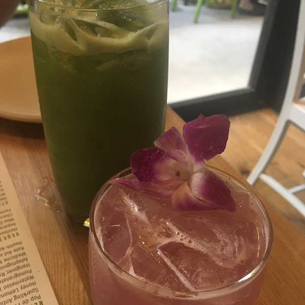 Kale Aid Refresher and Wild Orchid Cocktail- both amazing!!! We also had the Pomegranate Chia Limeade and the Sparkling Antioxidant Tea both were also delicious and so refreshing!!
