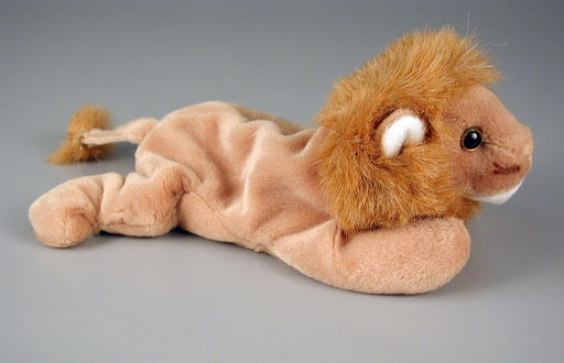 Stuffed animal:Roary
