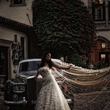 Wedding photographer Victoria Machin (victoriasportra). Photo of 15.10.2014