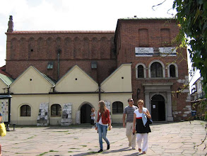Photo: Die alte Synagoge im jüdischen Viertel Kazimierz.- Ist jetzt ein Museum.