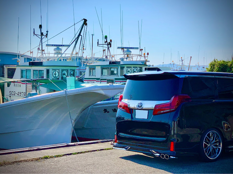 アルファード AGH30Wのナチュラルカスタム,ヌルテカ,梅雨明け,猛暑日,漁港と愛車に関するカスタム&メンテナンスの投稿画像2枚目