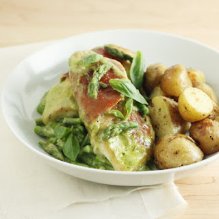 Prosciutto-Wrapped Chicken Fillets with Asparagus Pesto Sauce.