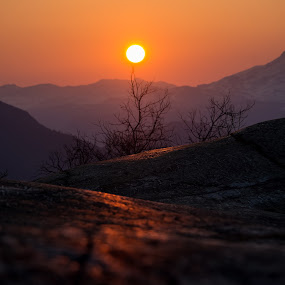 Soloppgang/Sunrise by Rita Birkeland - Landscapes Sunsets & Sunrises ( soloppgang, sunrise, landscape )