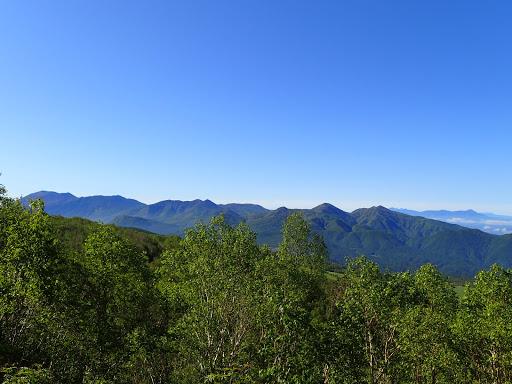 浅間山(左端)方面