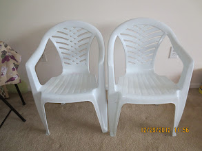Photo: Plastic Chairs x 2 - $10 ($5 Each)
