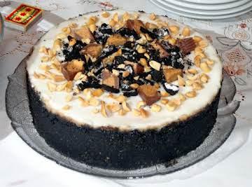 Peanut Butter & Oreo's Cheesecake