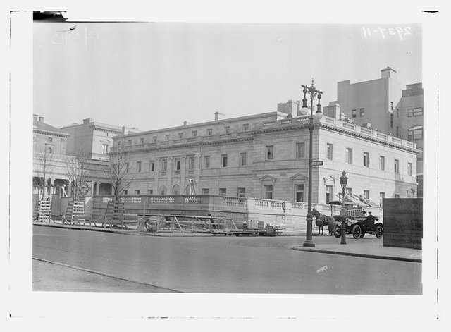The Henry Clay Frick House under construction.