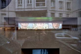 Photo: Liddy Scheffknecht. Plinque - Pli selon Pli. Gallery 22,48m2, Paris, 2013