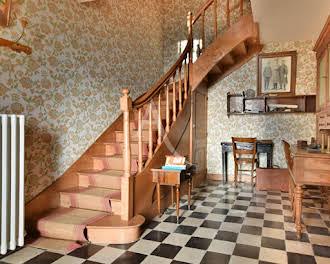 Maison 7 pièces 227 m2