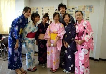 sinh viên trường ngôn ngữ Gendai
