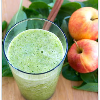 Spiced Apple Green Smoothie.