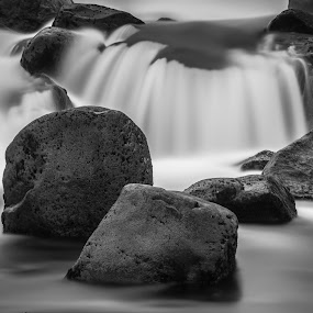 ... by Ruslan Stepanov - Black & White Landscapes ( iceland, waterscape, waterfall, long exposure, rocks, river )