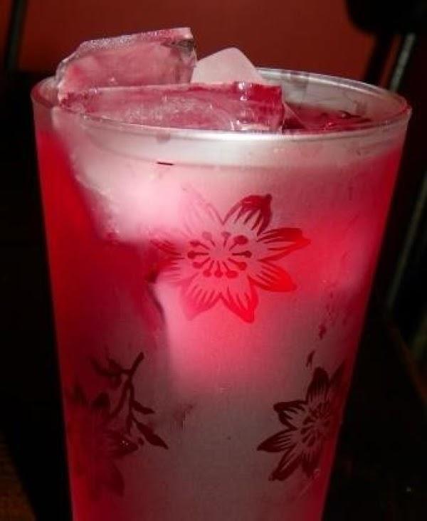 Chamomile-pomegranate Tea Recipe
