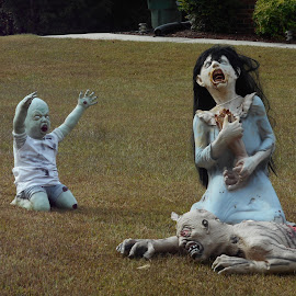 Moma Moma by David Jarrard - Public Holidays Halloween ( halloween, monsters, scary,  )