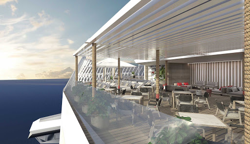 A look at a Retreat Sundeck Suite on Celebrity Beyond.
