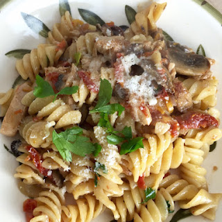 Fusilli with Chicken, Mushrooms and Sun Dried Tomatoes.