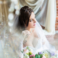Wedding photographer Veronika Mikhaylova (McLaren). Photo of 17.01.2018