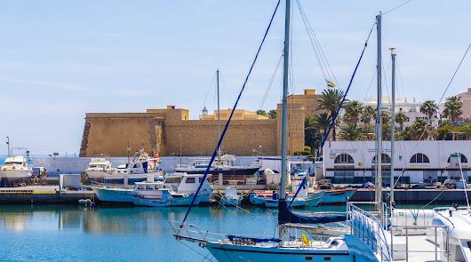 Puertos de Roquetas, modernidad y la tradición