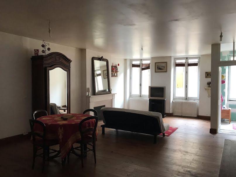Vente locaux professionnels 5 pièces 160 m² à Belves (24170), 108 000 €
