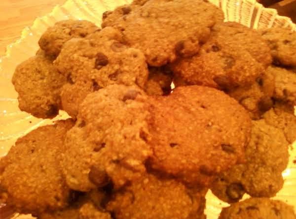 No Flour Chocolate Chip Oatmeal Cookies
