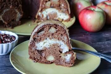 Apple, Praline and Cream Cheese Bundt Cake
