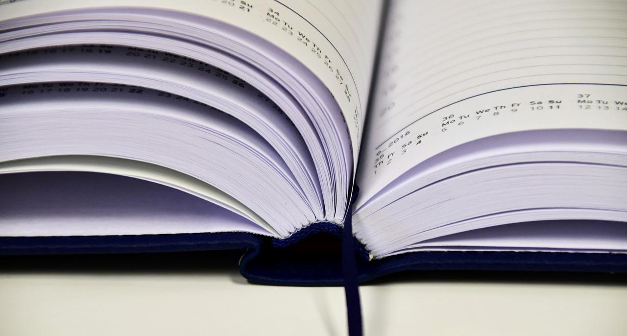 book-1945515_1280.jpg