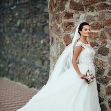 Wedding photographer Tatyana Suyarova (TatyanaSuyarova). Photo of 04.01.2016