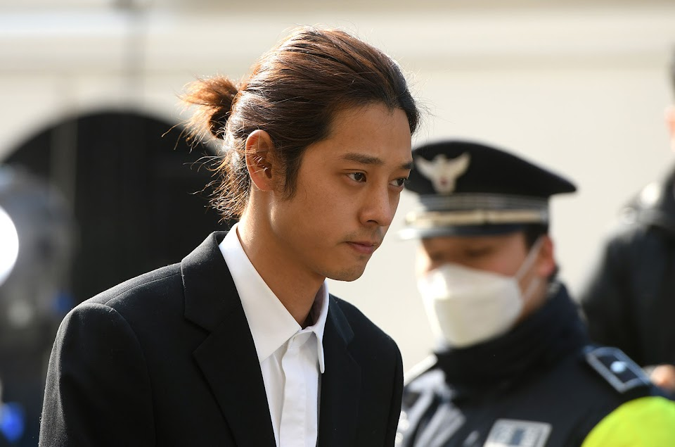 01-Jung-Joon-young-Appears-At-Seoul-Police-Station-march-14-2019-billboard-1548