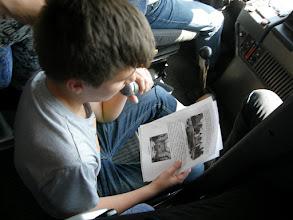Photo: Kiselőadás a buszon