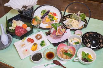 【N0.9】2015年夏宿泊スタンダードコースの夕食膳11品