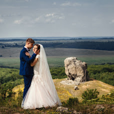Wedding photographer Olya Yackiv (Delfin4uk). Photo of 27.06.2016