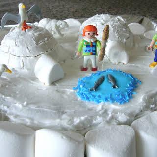 Winter Igloo Cake.