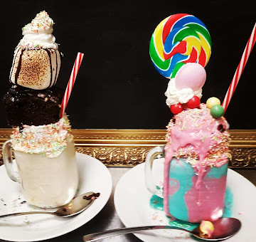 Recommended By Cosmopolitan UK Freakshakes by Lilli Oliver Cakes in Manchester