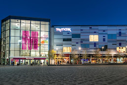 Shopping Centres in Luton