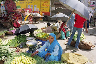 Photo: #017-Le marché d'Udaïpur