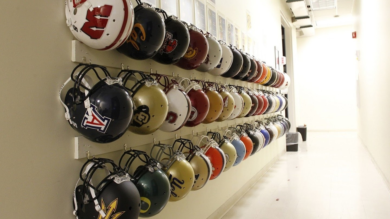 Watch College Football Studio live